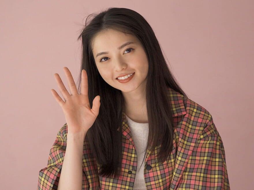 """コメント動画が到着! 連載「乃木坂46 齋藤飛鳥の2/her」今月のテーマは""""ピンク""""!"""