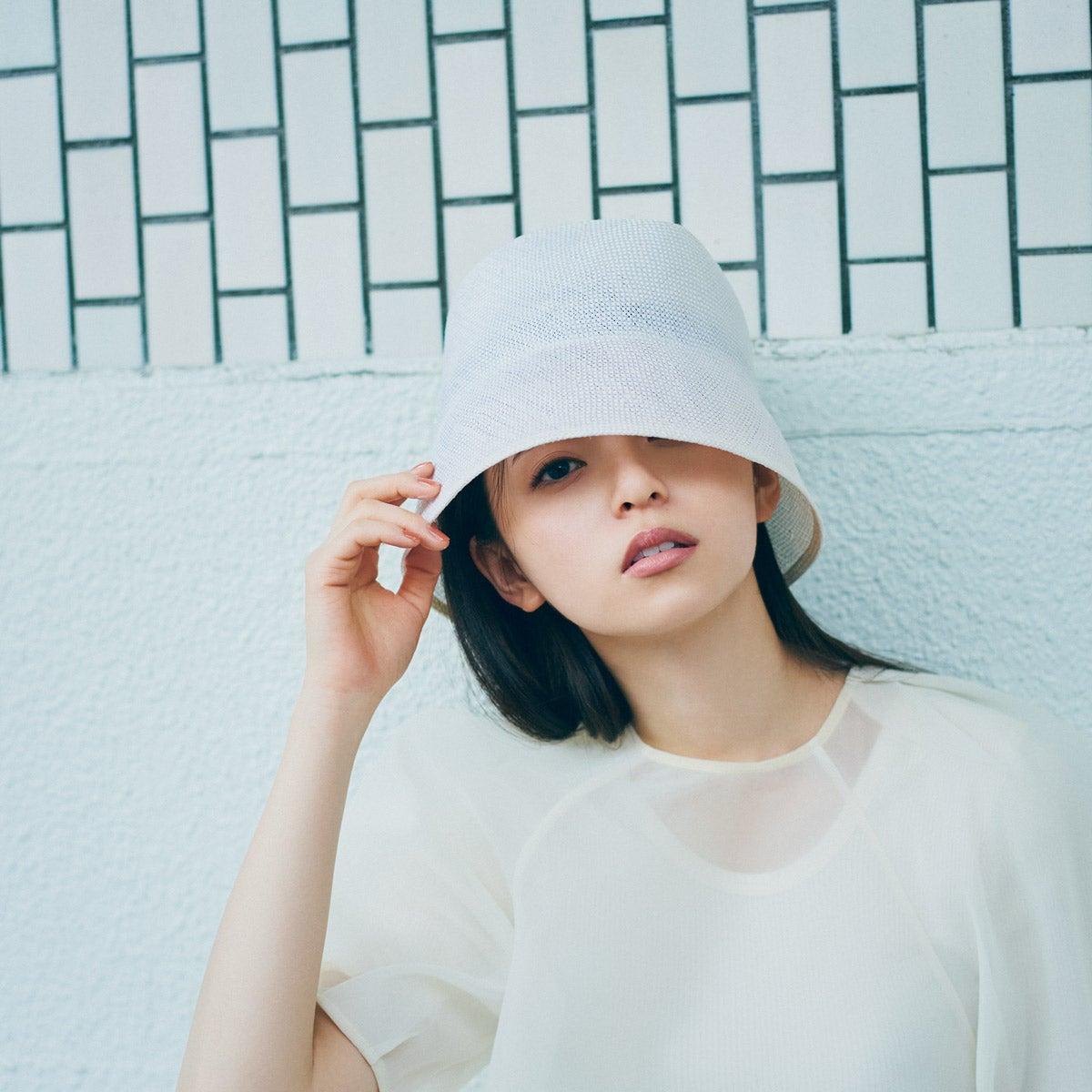 乃木坂46 齋藤飛鳥の2/her クールに着る、可愛く着る。夏のホワイト
