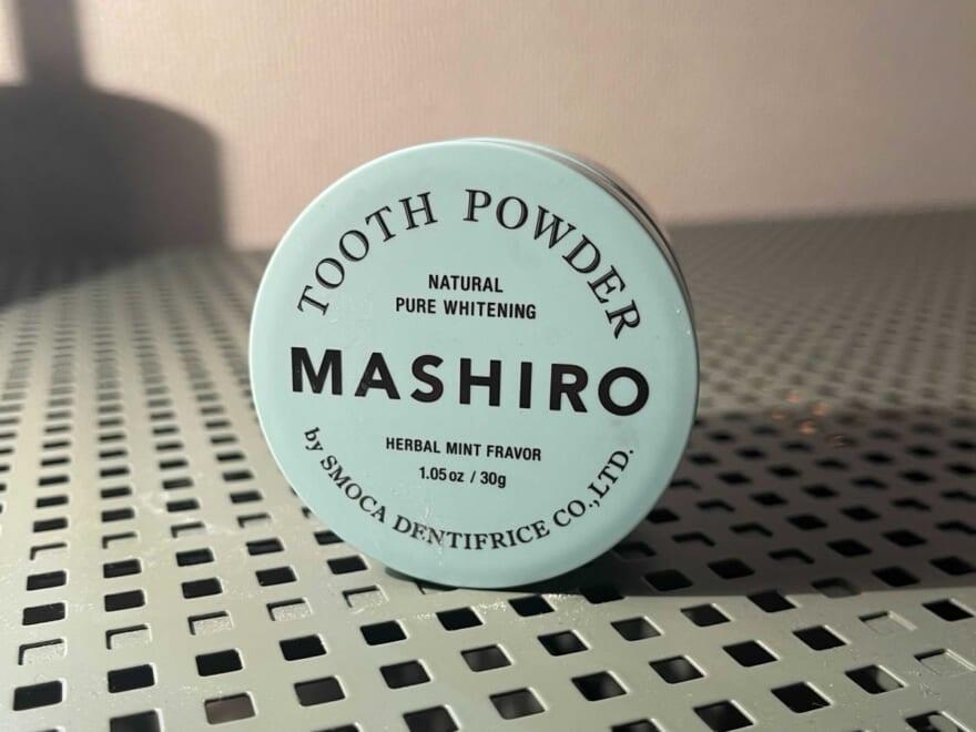 健康的な白い歯を目指す! 若手サロンスタッフがよさを実感した歯磨き粉