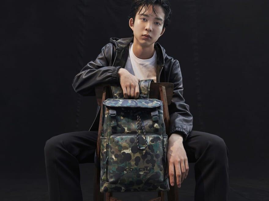 COACHの新作バッグで秋を先取り。2年ぶりに復活の「カモ プリント」に、心を動かされずにいられない