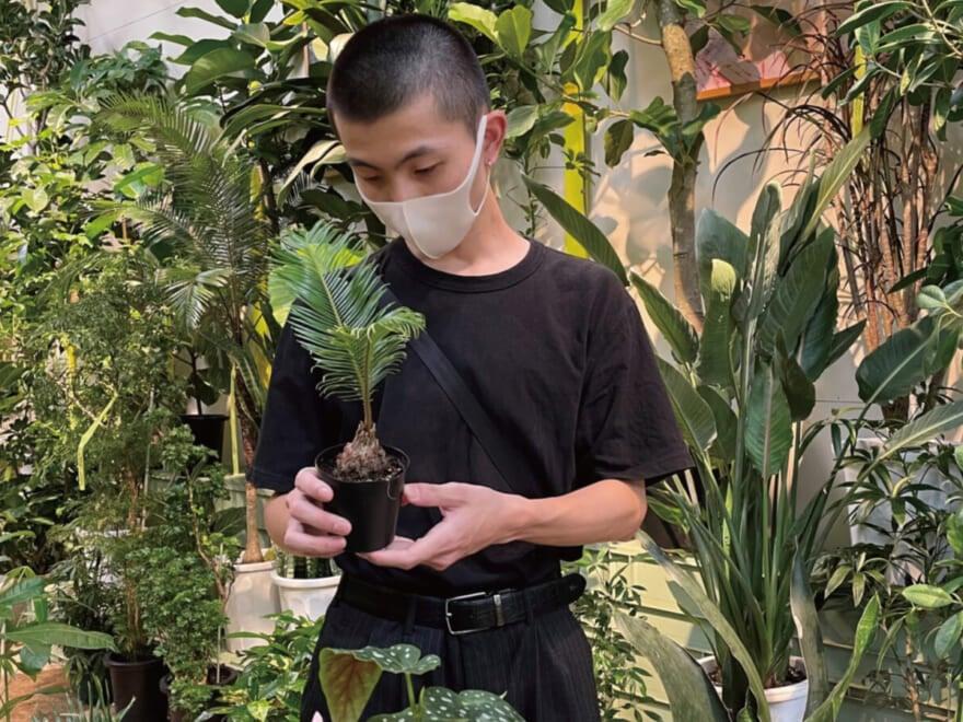 植物鑑賞でリフレッシュ。その後ご飯を食べるのがルーティンです![休日の過ごし方]