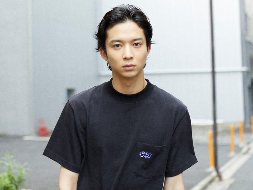 """鈴木 仁ロングインタビュー『花晴れ』で変わったプロ意識。モデルは""""紙""""ならではのやりがいも。"""
