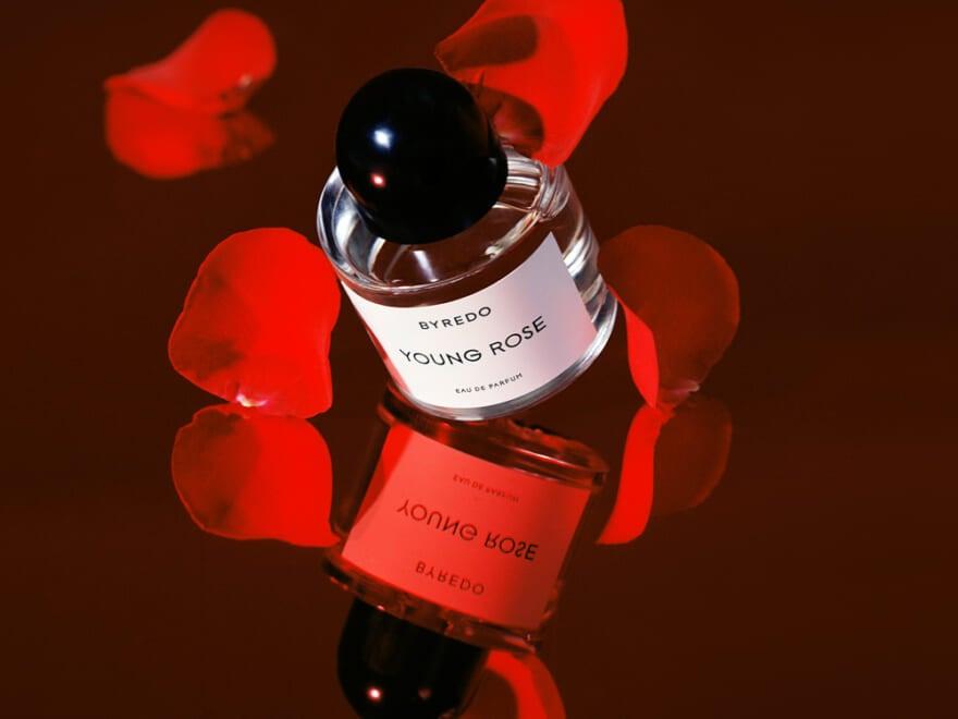 バイレードの新作香水!フローラル&スパイシーで、意外性あふれる甘辛フレグランス