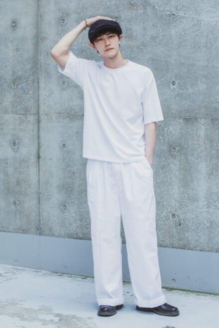 GUの白Tシャツでこなれたモノトーンスタイルに!