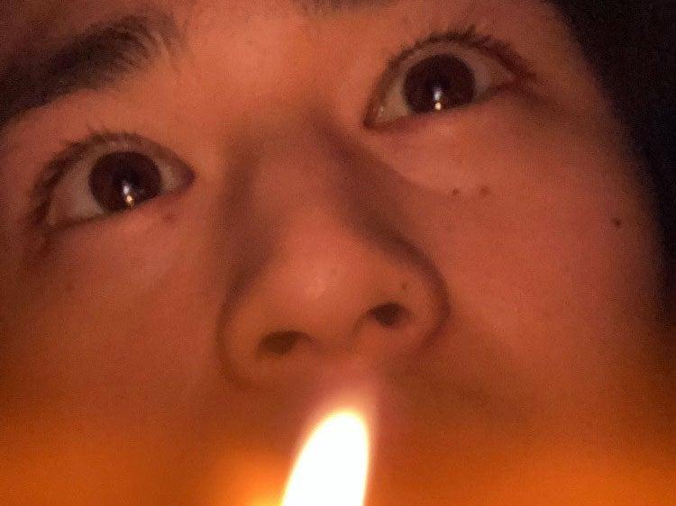 キャンドルの火でリラックス…ロマンティック鈴鹿です[鈴鹿央士ブログ]